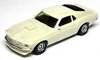 FORD MUSTANG MACH 1 001-01