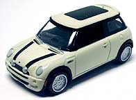 Johnny Lightning Mini Cooper 002-01