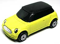 MAJORETTE NEW MINI COOPER 002-01