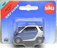 SIKU MMC SMART Fortwo Coupe 001-03.JPG
